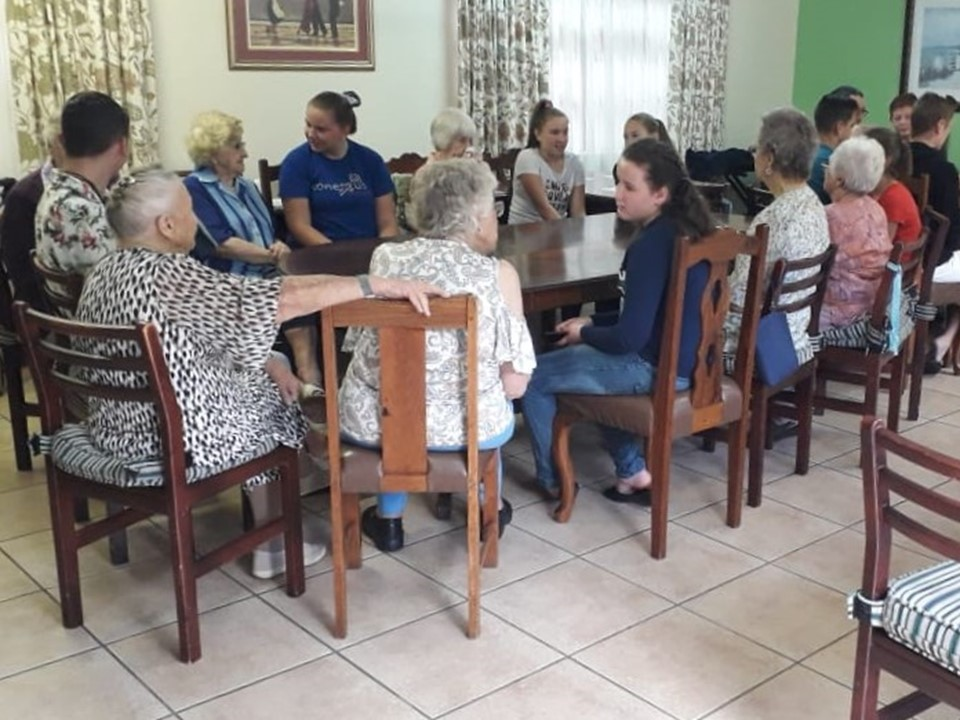 Macadamia Care in Nelspruit and the Youth Group of Westergloed